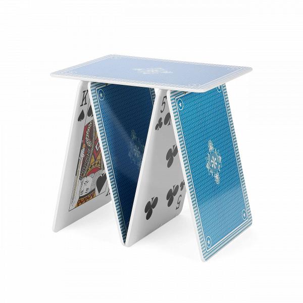 Кофейный стол A la carteКофейные столики<br>Дизайнерский кофейный стол A la carte (Э ле карт) в форме фигуры из игральных карт от Seletti (Селетти).<br><br>У вас на руках все козыри, и будьте уверены, что ваш интерьер,Вобновленный кофейным столом A la carte от компании Seletti, определенно будет выигрышным.ВУ Seletti всегда припасена парочкаВтузов в рукаве специально для вас! <br> <br> Стол выполнен из оченьВпрочного материала, благодаря которому он устойчив и надежен. Яркие цвета изображений карт, напечатанные на внутрен...<br><br>stock: 0<br>Высота: 50<br>Ширина: 36<br>Длина: 50<br>Тип материала каркаса: МДФ<br>Цвет каркаса: Синий