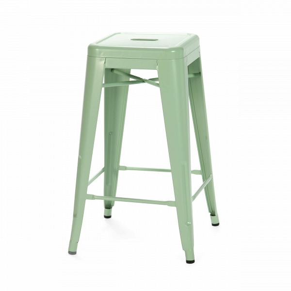 Барный стул Marais Color 2Барные<br>Дизайнерский цветной стальной барный стул Marais Color 2 (Мэрейс Калар) без спинки от Cosmo (Космо).<br> Барный стул Marais Color 2 — олицетворение винтажного стиля, его грациозные линии создают ощущение легкости и невесомости. Несмотря на хрупкий вид, этот предмет мебели невероятно прочен и долговечен. Высококачественный металл, обработанный методом гальванизации, выдерживает самые агрессивные условия окружающей среды. Не случайно модель не утратила актуальности с начала ХХ века — именно тогда...<br><br>stock: 5<br>Высота: 66<br>Ширина: 41<br>Глубина: 41<br>Тип материала каркаса: Сталь<br>Цвет каркаса: Светло-зеленый<br>Дизайнер: Xavier Pauchard