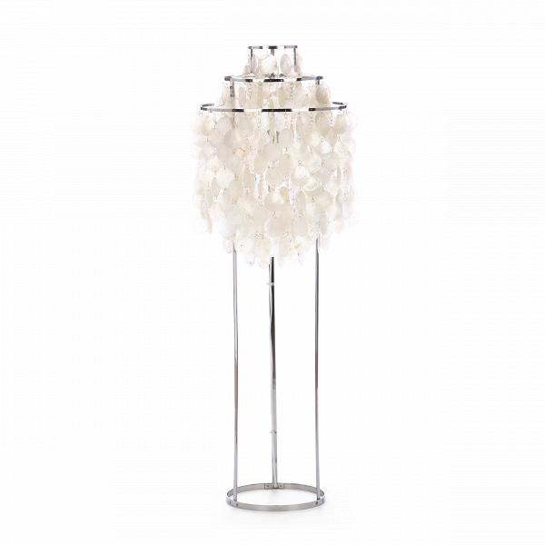 Напольный светильник Fun 1STMНапольные<br>Напольный светильник Fun 1STM — часть знаменитой серии Fun, разработанной в 1964 году Вернером Пантоном. Это современная классика дизайна, которую сегодня уже расценивают как уникальное произведение искусства. Висящие перламутровые диски создают образ водопада иВпроизводят почти гипнотический эффект. <br><br><br><br>Напольный светильник Fun 1STM способен привнести в ваш дом или офис артистическое настроение. Почему бы не окружить себя предметами интерьера, которые стимулируют воображение и ...<br><br>stock: 3<br>Высота: 120<br>Диаметр: 45<br>Материал абажура: Раковина диски<br>Материал арматуры: Сталь<br>Напряжение: 220<br>Дизайнер: Verner Panton