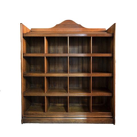 Шкаф Нотаир (VT10818-01)Шкафы<br>ROOMERS – это особенная коллекция, воплощение всего самого лучшего, модного и новаторского в мире дизайнерской мебели, предметов декора и стильных аксессуаров. Интерьерные решения от ROOMERS – всегда актуальны, более того, они - на острие моды. Коллекции ROOMERS тщательно отбираются и обновляются дважды в год специально для вас.<br><br>stock: 2<br>Высота: 160<br>Ширина: 37<br>Материал: Массив ореха<br>Цвет: beaming nut<br>Длина: 150<br>Ширина: 37<br>Высота: 160<br>Длина: 150