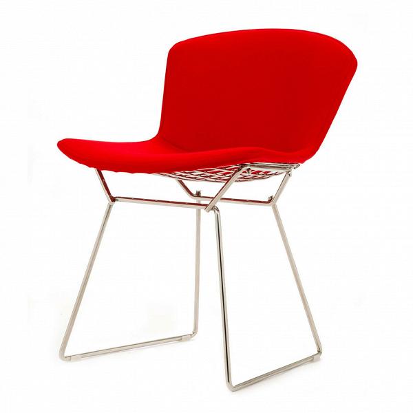 Стул Bertoia с обивкойИнтерьерные<br>Дизайнерский современный легкий однотонный стул Bertoia (Бертола) с тканевой обивкой на тонких металилческих ножках от Cosmo (Космо).<br>Этот ставший классическим для середины XX века современный стул Bertoia являет собой пример отличного дизайна. Экспериментируя над тем, как применить технологию сгибания металлических стержней в практических целях для производства дизайнерской мебели, Гарри Бертойя пополнил коллекцию наиболее почитаемых предметов мебели своим изящным стулом без подлокотников B...<br><br>stock: 0<br>Высота: 74<br>Высота сиденья: 43<br>Ширина: 52,5<br>Глубина: 57,5<br>Цвет ножек: Хром<br>Материал сидения: Шерсть, Нейлон<br>Цвет сидения: Красный<br>Тип материала сидения: Ткань<br>Коллекция ткани: T Fabric<br>Тип материала ножек: Сталь нержавеющая<br>Дизайнер: Harry Bertoia