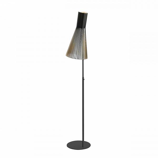 Напольный светильник Secto 4210Напольные<br>Компания Secto Design является финским производителем дизайнерских светильников изВдерева, обретающих всемирную известность. Изготавливаемые вручную высококвалифицированными специалистами изВнатуральной древесины березы напольные светильники Secto 4210<br>наделены простотой иВчеткостью скандинавского стиля. Торшеры, подвесные иВнастенные светильники, аВтакже настольные лампы обеспечивают мягкое свечение иВпридают атмосферность любому помещению.<br><br><br> Все ламп...<br><br>stock: 0<br>Высота: 175-185<br>Диаметр: 30<br>Материал абажура: Береза<br>Мощность лампы: 40<br>Ламп в комплекте: Нет<br>Напряжение: 220<br>Теплота света: 3000<br>Тип лампы/цоколь: E27<br>Цвет абажура: Черный<br>Дизайнер: Seppo Koho