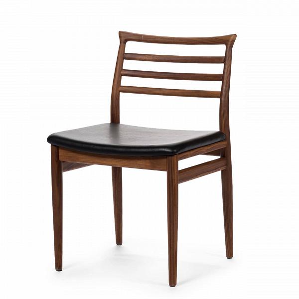 Обеденный стул BrunnИнтерьерные<br>Дизайнерский деревянный легкий стул Brunn (Брун) классической формы с кожаным сиденьем от Cosmo (Космо).<br><br>     Датский стиль означает особую функциональность всех предметов, используемых в интерьере. Он не перенасыщает помещение яркими красками и чрезмерным блеском. Разработанный в 1961 году стул Brunn — образец нетленной классики, сочетания элегантности и утонченного дизайна.<br><br><br>     Анатомической формы сиденье и спинка стула порадуют вас своей комфортностью. Стул сделан из американского...<br><br>stock: 0<br>Высота: 80<br>Высота сиденья: 46<br>Ширина: 49<br>Глубина: 52<br>Материал каркаса: Массив ореха<br>Тип материала каркаса: Дерево<br>Цвет сидения: Черный<br>Тип материала сидения: Кожа<br>Коллекция ткани: Premium Leather<br>Цвет каркаса: Орех
