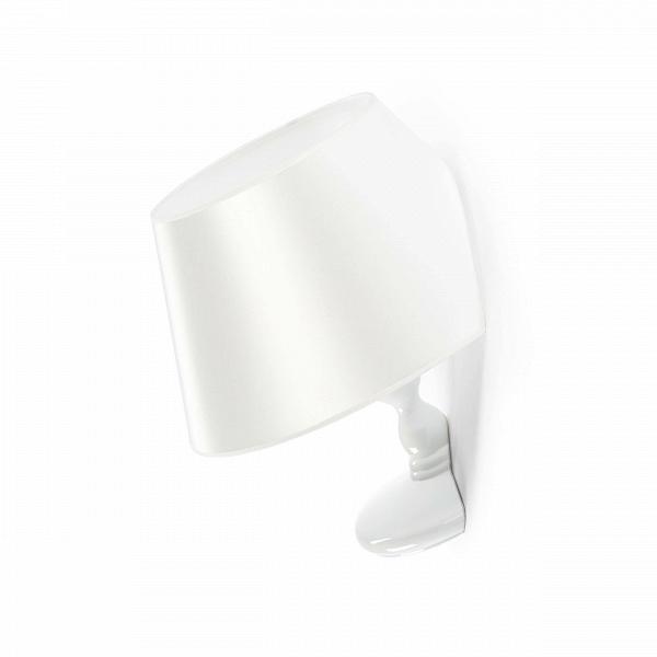 Настенный светильник TitanicНастенные<br>Эта лампа – модель дизайнерского светильника, появившегося в результате сотрудничества Чарльза Тревельяна и Carpenters Workshop Gallery. Сам Чарльз говорит о своем творении так: Я специально не стал отклоняться от классической формы настольного светильника, ведь именно таким мы его обычно и представляем. Дальше я стал играть с этим традиционным представлением, ведь мебели не обязательно иметь традиционные формы. Мы думаем, что у стула должно быть 4 ножки, полки обязаны быть плоскими, а о...<br><br>stock: 0<br>Высота: 46<br>Ширина: 39<br>Количество ламп: 1<br>Материал абажура: Ткань<br>Материал арматуры: Стеклопластик<br>Ламп в комплекте: Нет<br>Напряжение: 220<br>Тип лампы/цоколь: E27<br>Цвет абажура: Белый<br>Дизайнер: Charles Trevelyan