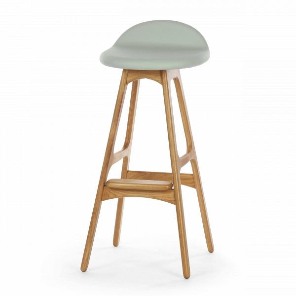 Барный стул Buch 3Барные<br>Дизайнерский барный стул Buch (Буш) без подлокотников на деревянных ножках от Cosmo (Космо).<br> Высокий барный стул Buch 3 создан еще вВ1960 году дизайнером Эриком Буком, который посвятил всю свою жизнь дизайну и архитектуре. У Эрика Бука было свыше 30 коммерчески успешных дизайн-проектов, среди которых самым успешным стал именно этот барный стул, который нашел свое место в миллионах домов по всему миру. Сегодня же стулья, сконструированные Эриком Буком, по-прежнему производятся на фабри...<br><br>stock: 15<br>Высота: 85,5<br>Высота сиденья: 75<br>Ширина: 40<br>Глубина: 45<br>Цвет ножек: Белый дуб<br>Материал ножек: Массив дуба<br>Материал сидения: Полиуретан<br>Цвет сидения: Серый<br>Тип материала сидения: Кожа искусственная<br>Коллекция ткани: Premium Grade PU<br>Тип материала ножек: Дерево<br>Дизайнер: Erik Buch