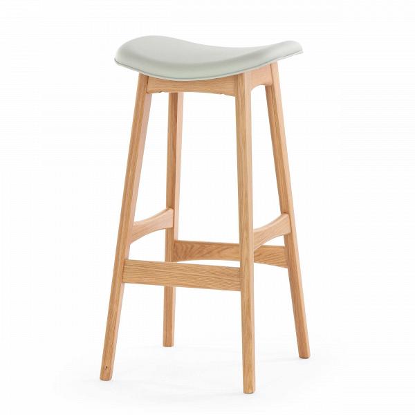 Барный стул Allegra высота 77Барные<br>Дизайнерский барный стул Allegra (Аллегра) на деревянном каркасе без спинки в различных цветах от Cosmo (Космо).Это универсальный стул для дома и частных заведений. Он отлично подойдет как для баров и ресторанов, так и для уютных гостиных и кухонь. Цвет натурального дерева и простота деталей делают его по-настоящему лаконичным, благодаря чему он прекрасно впишется в интерьеры различной стилевой направленности.<br> <br> Стройный силуэт оригинального барного стула Allegra высота 77 составляют прямы...<br><br>stock: 15<br>Высота: 76,5<br>Ширина: 40<br>Глубина: 38,5<br>Цвет ножек: Белый дуб<br>Материал ножек: Массив дуба<br>Материал сидения: Полиуретан<br>Цвет сидения: Серый<br>Тип материала сидения: Кожа искусственная<br>Коллекция ткани: Premium Grade PU<br>Тип материала ножек: Дерево