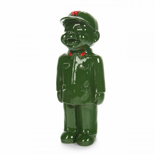 Статуэтка Military Man 2Настольные<br>Дизайнерская декоративная зеленая статуэтка мальчика в военной форме Military Man (Милэтри Мэн) из полистоуна от Cosmo (Космо).Коллекция интерьерного декора Get IntoВKhaki! (в переводе с английского «Натягивай форму!») — это широкий модельный ряд настольных статуэток, объединенных одной тематикой — военным ремеслом. Захотите ли вы поставить эти причудливые фигурки у себя на стеллаже или же задумали вручить пару таких фигурок своим друзьям или коллегам, это решать уже вам!<br> <br> Оригинальн...<br><br>stock: 0<br>Высота: 24<br>Ширина: 9<br>Материал: Полистоун<br>Цвет: Зелёный<br>Длина: 10