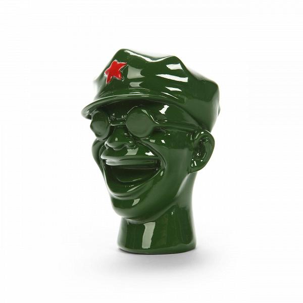 Статуэтка Red StarНастольные<br>Дизайнерская зеленая статуэтка головы хохочущего человека Red Star (Ред Стар) от Cosmo (Космо).<br> Оформление комнаты в стиле милитари — оригинальная и довольно легко осуществимая идея. И даже если вы не хотите полностью создавать дизайн в военном стиле, в создании необходимого настроения и атмосферы помогут подходящие предметы декора. Именно они могут заставить любую комнату заиграть новыми красками и эмоциями.<br><br><br> Оригинальная статуэтка Red Star придаст помещению характер милитаризма, стр...<br><br>stock: 5<br>Высота: 9,8<br>Ширина: 8<br>Материал: Полистоун<br>Цвет: Зелёный<br>Длина: 6,5
