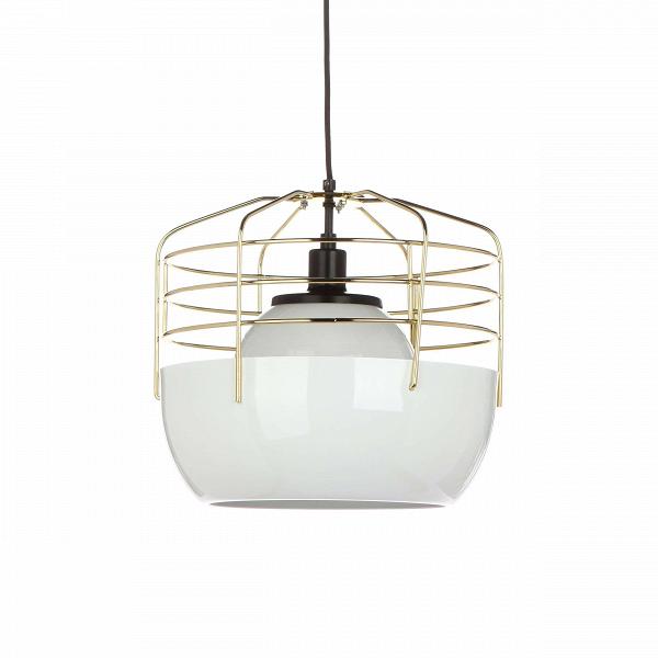 Подвесной светильник Bluff City диаметр 36Подвесные<br>Простота и удобство использования, ненавязчивый и легкий дизайн — все это сочетается в оригинальномВподвесном светильнике Bluff City диаметр 36. Этот светильник отличается неординарным, в большой степени смелым стилем, сочетает в себе элементы, не свойственные для комнатного освещения.<br><br><br> Жесткие металлические прутья крепятся к изящному основанию белого цвета — подвесной светильник Bluff City диаметр 36 напоминает оригинальную птичью клетку, ставшую приютом для комнатного освещен...<br><br>stock: 1<br>Высота: 180<br>Диаметр: 36<br>Доп. цвет абажура: Белый<br>Количество ламп: 1<br>Материал абажура: Стекло<br>Материал арматуры: Металл<br>Мощность лампы: 40<br>Ламп в комплекте: Нет<br>Напряжение: 220<br>Тип лампы/цоколь: E14<br>Цвет абажура: Золотой