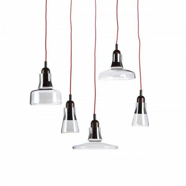 Подвесной светильник ShadowsПодвесные<br>Подвесной светильник Shadows — это тот дизайн, который приятно вас удивит. Минималистичность в деталях — одно из главных преимуществ светильника. При этом он весьма необычен, каждый абажур является частью отдельного светильника.В<br><br><br> Изделие отлично подходит для помещений с высокими потолками. Использовать его можно в лофт-интерьере — для него он подходит и конструкцией, и дизайном. Лофт любит приглушенные цвета, простой дизайн и материалы природного происхождения. По этим и многим...<br><br>stock: 0<br>Высота: 200<br>Диаметр: 100<br>Количество ламп: 5<br>Материал абажура: Стекло<br>Материал арматуры: Дерево<br>Мощность лампы: 4<br>Ламп в комплекте: Нет<br>Напряжение: 220<br>Тип лампы/цоколь: LED<br>Цвет абажура: Синий