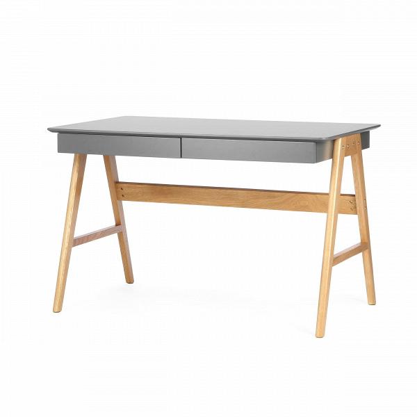 Письменный стол OrientРабочие столы<br>Дизайнерский письменный стол Orient (Орьент) со столешницей из МДФ на деревянных ножках от Cosmo (Космо).Классическая мебель в стиле скандинавского эко отличается практичностью и небольшим количество деталей. Она изготовлена из натуральных материалов, что является особой характерной чертой. Природный характер мебели благоприятен не только для здоровья человека, но и для состояния окружающей среды.<br> <br> Оригинальный письменный стол Orient — это удобная рабочая поверхность, которая покрыта каче...<br><br>stock: 0<br>Высота: 75<br>Ширина: 76<br>Длина: 120<br>Цвет ножек: Светло-коричневый<br>Цвет столешницы: Холодный серый<br>Материал ножек: Массив дуба<br>Тип материала столешницы: МДФ<br>Тип материала ножек: Дерево