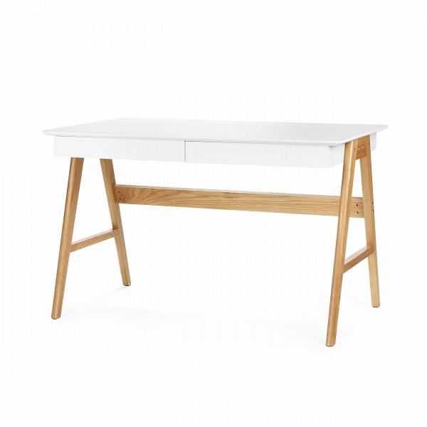 Письменный стол OrientРабочие столы<br>Дизайнерский письменный стол Orient (Орьент) со столешницей из МДФ на деревянных ножках от Cosmo (Космо).Классическая мебель в стиле скандинавского эко отличается практичностью и небольшим количество деталей. Она изготовлена из натуральных материалов, что является особой характерной чертой. Природный характер мебели благоприятен не только для здоровья человека, но и для состояния окружающей среды.<br> <br> Оригинальный письменный стол Orient — это удобная рабочая поверхность, которая покрыта каче...<br><br>stock: 37<br>Высота: 75<br>Ширина: 76<br>Длина: 120<br>Цвет ножек: Светло-коричневый<br>Цвет столешницы: Белый<br>Материал ножек: Массив дуба<br>Тип материала столешницы: МДФ<br>Тип материала ножек: Дерево
