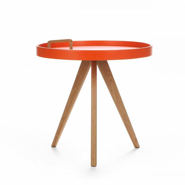 Кофейный стол OxleyКофейные столики<br>Дизайнерский круглый кофейный столик Oxley (Оксли) с ручкой от Cosmo (Космо).<br><br>Кофейный стол Oxley — это компактный столик, который непременно впишется в современный интерьер любой жилой комнаты. Самое примечательное в нем — это ручка для переноски, которая прикреплена к столешнице. Таким образом, столик легко перенести с одного места на другое. Он очень удобен при сервировке обеденных трапез или в качестве придиванного/прикроватного.В<br> <br> Дизайн оригинального столика выполнен в ска...<br><br>stock: 11<br>Высота: 50<br>Диаметр: 50<br>Цвет ножек: Дуб<br>Цвет столешницы: Оранжевый<br>Материал ножек: Массив дуба<br>Тип материала столешницы: МДФ<br>Тип материала ножек: Дерево
