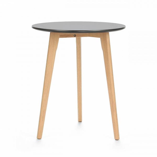 Обеденный стол KnoxОбеденные<br>Дизайнерская высокий узкий обеденный стол Knox (Кнокс) с однотонной столешницей на трех деревянных ножках от Cosmo (Космо).Для тех, кто не любит перегруженный интерьер и отдает предпочтение минимализму в деталях, компания Cosmo предлагает стол Knox. Простой, но вместе с тем ультрамодный дизайн стола станет органичным дополнением к любому современному интерьеру.<br> <br> Гостиные в скандинавском экостиле невозможно представить без придиванных столиков. Это постоянный атрибут и функциональный предм...<br><br>stock: 0<br>Высота: 75<br>Диаметр: 60<br>Цвет ножек: Белый дуб<br>Цвет столешницы: Черный<br>Материал ножек: Массив дуба<br>Тип материала столешницы: МДФ<br>Тип материала ножек: Дерево