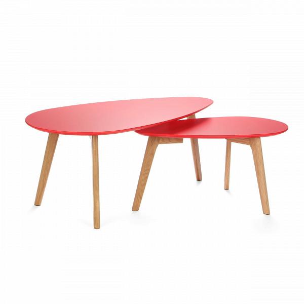 Набор кофейных столов LexieКофейные столики<br>Дизайнерский кофейный стол Lexie (Лекси) с двумя столешницами от Cosmo (Космо).<br><br><br> Многим из нас привычно видеть в жилых домах столы-книжки, и едва ли можно представить гостиную нулевых без нее. Он был компактным решением для трапез в больших семьях. Но время идет, и тренды в дизайне интерьера неизбежно сменяются.В<br><br><br> Компания Cosmo представляет набор оригинальных кофейных столов Lexie. Это отличное решение для тех, кто любит гостей или просмотр ТВ с попкорном. Размер столов по...<br><br>stock: 8<br>Высота: 40; 35<br>Ширина: 50; 35<br>Длина: 100; 70<br>Цвет ножек: Американский белый дуб<br>Цвет столешницы: Красный<br>Материал ножек: Массив дуба<br>Тип материала столешницы: Дерево<br>Тип материала ножек: Дерево