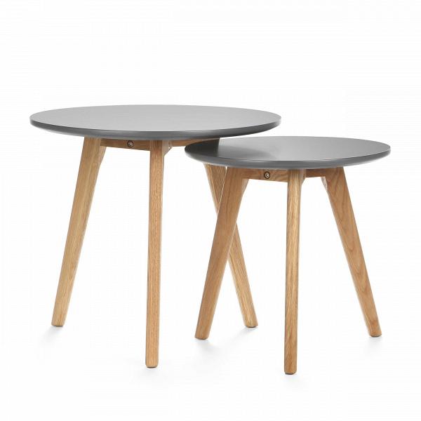 Набор кофейных столов DaisyКофейные столики<br>Дизайнерский небольшой кофейный стол Daisy (Дэйзи) с двумя столешницами на деревянных ножках от Cosmo (Космо).<br><br><br> Многим из нас привычно видеть в жилых домах столы-книжки, и едва ли можно представить гостиную нулевых без нее. Он был компактным решением для трапез в больших семьях. Но время идет, и тренды в дизайне интерьера неизбежно меняются.В<br><br><br> Компания Cosmo представляетВнабор оригинальных кофейных столов Dasie. Это отличное решение для тех, кто любит гостей или просмо...<br><br>stock: 0<br>Высота: 45; 40<br>Диаметр: 50; 40<br>Цвет ножек: Американский белый дуб<br>Цвет столешницы: Серый<br>Материал ножек: Массив дуба<br>Тип материала столешницы: МДФ<br>Тип материала ножек: Дерево