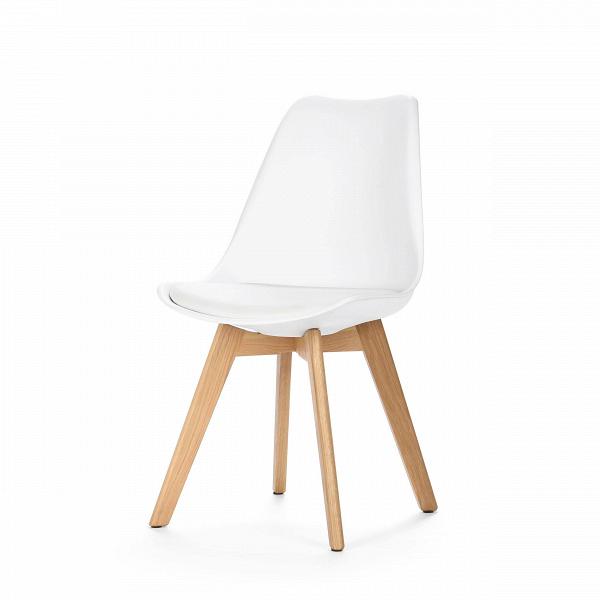 Стул SephiИнтерьерные<br>Дизайнерский креативный легкий однотонный стул Sephi (Сефи) из полиуретана на деревянных ножках от Cosmo (Космо).<br>Универсальный благодаря способности сочетаться с разными по стилю интерьерами, дизайн стула Sephi, возможно, как раз то, что вы искали. Даже если спустя время вы решили затеять ремонт, будьте уверены: и для него стул Sephi подойдет прекрасно! Экспериментируя с цветами стен, напольного покрытия или аксессуаров, создавая собственные дизайн-проекты, непременно включите в них и этот ...<br><br>stock: 390<br>Высота: 84<br>Ширина: 48.5<br>Глубина: 54.5<br>Цвет ножек: Белый дуб<br>Материал ножек: Массив дуба<br>Тип материала каркаса: Пластик<br>Материал сидения: Полиуретан<br>Цвет сидения: Белый<br>Тип материала сидения: Кожа искусственная<br>Тип материала ножек: Дерево<br>Цвет каркаса: Белый