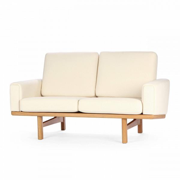 Диван Wegner 236 длина 149,5Двухместные<br>Дизайнерский cтильный диван Wegner (Вегнер) 236 длина 149,5 из ткани на деревянных ножках от Cosmo (Космо).<br><br>Диван Wegner 236 длина 149,5 является работой известнейшего датского дизайнера-проектировщика Ханса Вегнера. Проекты автора известны всему миру, многие из них используются в разного рода важных событиях, например, в серьезных телевизионных передачах. Диван Wegner носит яркий авторский почерк, отличается оригинальным, но простым дизайном.<br><br> Оригинальные проекты Ханса Вегнера созд...<br><br>stock: 0<br>Высота: 80<br>Высота сиденья: 40<br>Глубина: 86<br>Длина: 149,5<br>Материал каркаса: Массив дуба<br>Материал обивки: Хлопок<br>Тип материала каркаса: Дерево<br>Коллекция ткани: Charles Fabric<br>Тип материала обивки: Ткань<br>Цвет обивки: Кремовый<br>Цвет каркаса: Дуб<br>Дизайнер: Hans Wegner