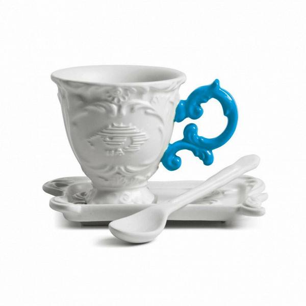 Кофейная пара I-CoffeeПосуда<br>Кофейная пара I-Coffee из коллекции изысканных предметов кухонной утвари компании Seletti выполнена вВклассическом стиле барокко, замысловатость иВроскошь которого необычно дополнена деталями вВярких неоновых оттенках. <br> <br> Кофейная пара I-Coffee отличается витиеватыми ручками сВмелким узором иВдекорированными основами. Предметы коллекции смотрятся богато иВизысканно иВмогут достойно украсить самый стильный интерьер.<br><br>stock: 0<br>Высота: 7, 10<br>Материал: Фарфор<br>Цвет: Белый + синяя ручка/ White + Blue<br>Диаметр: 7, 13