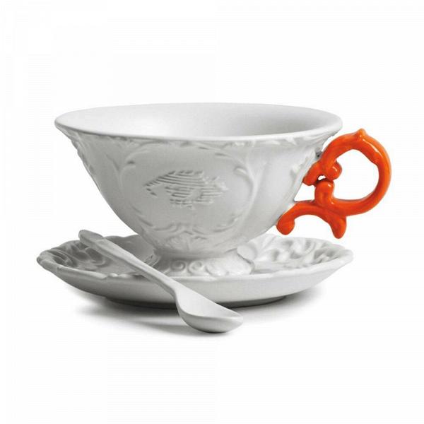 Чайная пара I-TeaПосуда<br>Чайная пара I-Tea из коллекции изысканных предметов кухонной утвари компании Seletti выполнена вВклассическом стиле барокко, замысловатость иВроскошь которого необычно дополнена деталями вВярких неоновых оттенках. <br> <br> Чайная пара I-Tea отличается витиеватыми ручками сВмелким узором иВдекорированными основами. Предметы коллекции смотрятся богато иВизысканно иВмогут достойно украсить самый стильный интерьер.<br><br>stock: 0<br>Высота: 12<br>Материал: Фарфор<br>Цвет: Белый + оранжевая ручка/ White + Orange<br>Диаметр: 15