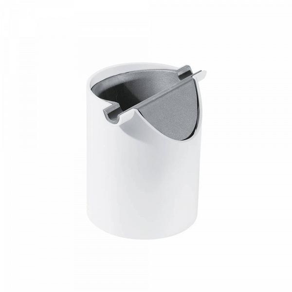 Контейнер для хранения RaskoРазное<br>Практичность и удобство использования отличают как сегодняшнюю мебель, так и любые бытовые принадлежности. Кроме того, если мы хотим дополнить дизайн интерьера и не навредить ему грубыми чертами, то и любые бытовые предметы нужно подбирать в соответствии с оформлением своих комнат.<br><br><br> Контейнер для хранения BS-012 — это не только удобная и практичная вещь, но и стилистически выдержанная. Однотонность и гладкая поверхность идеально соответствуют современному дизайну в стиле хай-тек. Кон...<br><br>stock: 0<br>Высота: 14.5<br>Материал: Полипропилен<br>Цвет: Белый<br>Диаметр: 11.5