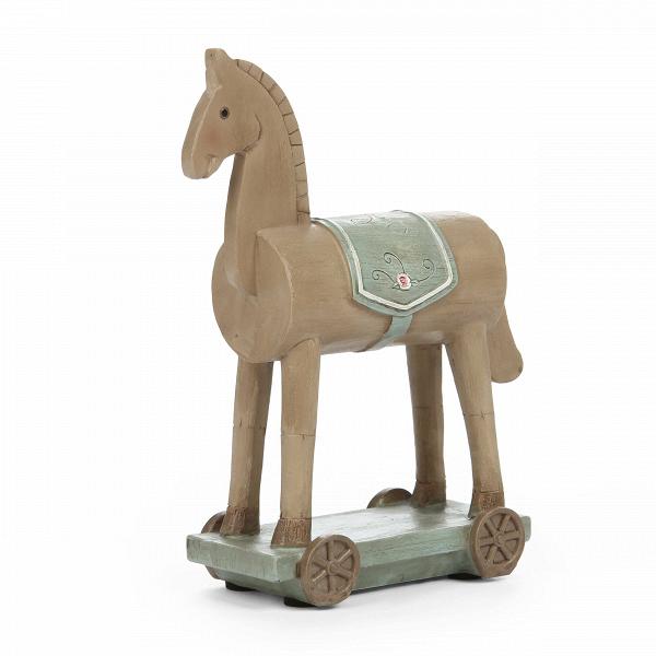 Статуэтка Horse on WheelsНастольные<br>Дизайнерская светло-коричневая статуэтка Horse on Wheels (Хорс он Вилс) из смолы в форме игрушечного коня от Cosmo (Космо).<br><br><br> Чтобы грамотно украсить любую комнату, нужно иметь представление о том, какое настроение вы хотите создать в помещении, в каком стиле оно обустроено и каких элементов в нем не хватает. Представленная здесь статуэтка больше всего подойдет для детской комнаты, и именно ее оформление должно выглядеть легко и непринужденно, чтобы ребенок чувствовал себя максимально ...<br><br>stock: 5<br>Высота: 15.5<br>Ширина: 5.2<br>Материал: Смола<br>Цвет: Светло-коричневый<br>Диаметр: 12.3<br>Цвет дополнительный: Голубой