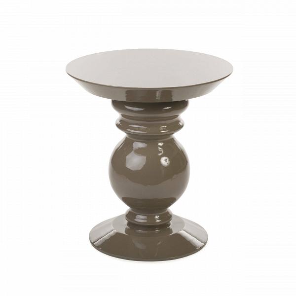 Кофейный стол Adone высота 52Кофейные столики<br>Дизайнерский кофейный столик Adone (Адон) с высотой 52 см в форме шахматной фигуры от Cosmo (Космо).<br><br>Плавный силуэт шахматной фигуры воплощен в дизайнеВкофейного столаВAdoneВ— ненавязчивый, но очень элегантный. Он выглядит современно, но в то же время он прекрасно дополнит и классический интерьер гостиной или спальной комнаты. Любой интерьер будет выглядеть богаче, окажись в нем этот столик.В<br> <br> Дизайн оригинального кофейного столаВAdone доступен в двух вариант...<br><br>stock: 1<br>Высота: 57,4<br>Диаметр: 52<br>Тип материала каркаса: МДФ<br>Цвет каркаса: Бежевый