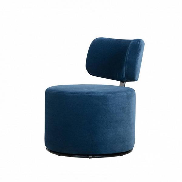 Кресло MokkaИнтерьерные<br>Дизайнерское яркое кресло-пуфик Mokka (Мокка) со спинкой на низких ножках в стиле минимализма от Sits (Ситс).<br><br><br> Любите минимализм и легкие черты в оформлении помещения и в то же время цените уникальный стиль и интересный дизайн мебели? Дизайнеры компании Sits разработали необычное кресло, которое порадует вас не только своим внешним видом, но и необычайным удобством. Кресло цилиндрической формы с удобной, анатомической формы спинкой.<br><br><br> Кресло Mokka<br>имеет чехол, изготовленный из п...<br><br>stock: 0<br>Высота: 76<br>Высота сиденья: 42<br>Ширина: 61<br>Глубина: 68<br>Цвет ножек: Черный<br>Материал обивки: Полиэстер<br>Степень комфортности: Стандарт комфорт<br>Коллекция ткани: Категория ткани III<br>Тип материала обивки: Ткань<br>Тип материала ножек: Металл<br>Цвет обивки: Тёмно-синий