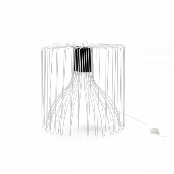 Напольный светильник WireНапольные<br>Дизайнеры компании Cosmo сделали напольный светильник Wire настоящим шедевром современного искусства: минимализм, ни одной лишней детали, стиль и грация в одном предмете. Светильник, как ясно из названия (wire в переводе с английского — «провод», «проволока») изготовлен из множества тонких прутьев, которые сплетаются в оригинальный утонченный абажур.<br><br><br> Прутья абажура изготовлены из прочного металла, в наличии два цвета — белый и черный, что легко подчеркнет любой современный интерьер...<br><br>stock: 1<br>Высота: 50<br>Диаметр: 50<br>Количество ламп: 1<br>Материал абажура: Металл<br>Мощность лампы: 40<br>Ламп в комплекте: Нет<br>Напряжение: 220<br>Тип лампы/цоколь: E27<br>Цвет абажура: Белый