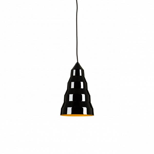 Подвесной светильник Step Light - TallПодвесные<br>Конический подвесной светильник Step LightВ— Fat сделан изВтвердой полированной меди, дающей теплый мягкий свет. Внутренние иВвнешние поверхности светильника Step LightВ— Fat покрыты лаком для предотвращения окисления.<br><br><br> Подвесной светильник Step Light – Tall работы современного британского дизайнера Тома Диксона (Tom Dixon) представляет собой вытянутую в виде конуса концентрическую конструкцию. За счёт того, что светильник выполнен из блестящего металла, покрытого...<br><br>stock: 7<br>Высота: 120<br>Диаметр: 20<br>Количество ламп: 1<br>Материал абажура: Алюминий<br>Мощность лампы: 40<br>Ламп в комплекте: Нет<br>Напряжение: 220<br>Тип лампы/цоколь: E27<br>Цвет абажура: Черный<br>Дизайнер: Tom Dixon