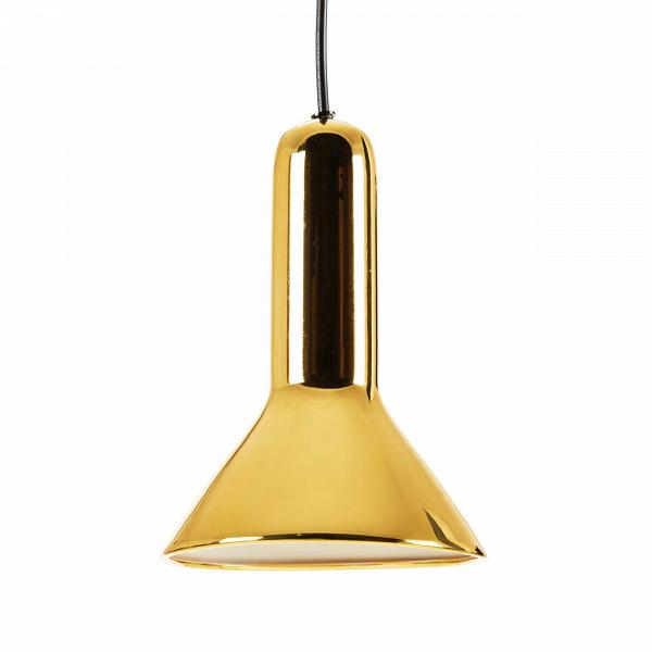 Подвесной светильник Torch ConeПодвесные<br>Своему названию Torch (в переводе с английского «факел») светильник обязан прежде всего своей форме, которая действительно напоминает перевернутый факел. Но на самом деле на его создание талантливого бельгийского дизайнера Сильвена Вилленза вдохновило совсем не это, а… фары автомобиля. Многое в конструкции заимствовано именно оттуда.<br><br><br> Универсальный цвет и блеск стали — то, что позволяет этому осветительному прибору вписаться в разнообразные интерьеры. Подвесной светильник Torch Cone...<br><br>stock: 0<br>Высота: 120<br>Диаметр: 15<br>Количество ламп: 1<br>Материал абажура: Сталь<br>Мощность лампы: 25<br>Ламп в комплекте: Нет<br>Напряжение: 220<br>Тип лампы/цоколь: E27<br>Цвет абажура: Золотой<br>Дизайнер: Sylvain Willenz