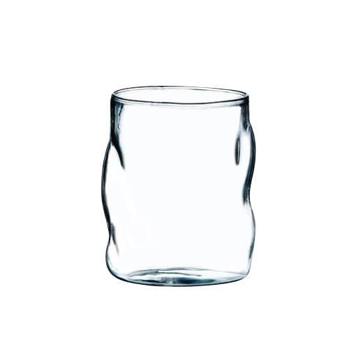 Стакан Glasses from SonnyПосуда<br>Коллекция Glass from Sonny отВSelettiВпредставляют собой уникальные, искаженные в форме пузырей бокалы для вина, стаканы и кувшины изВборосиликатного стекла. Из такого стекла часто изготавливаются очень изящныеВизделия, которые благодаря емуВприобретают поразительную прочность. Этот жаростойкий материал может выдерживать большие перепады температуры, поэтому изделия из коллекции Glass from Sonny можно мыть в посудомоечной машине.<br> <br> Стакан Glasses fr...<br><br>stock: 0<br>Высота: 10<br>Материал: Стекло<br>Цвет: Прозрачный/Clear<br>Диаметр: 7,5