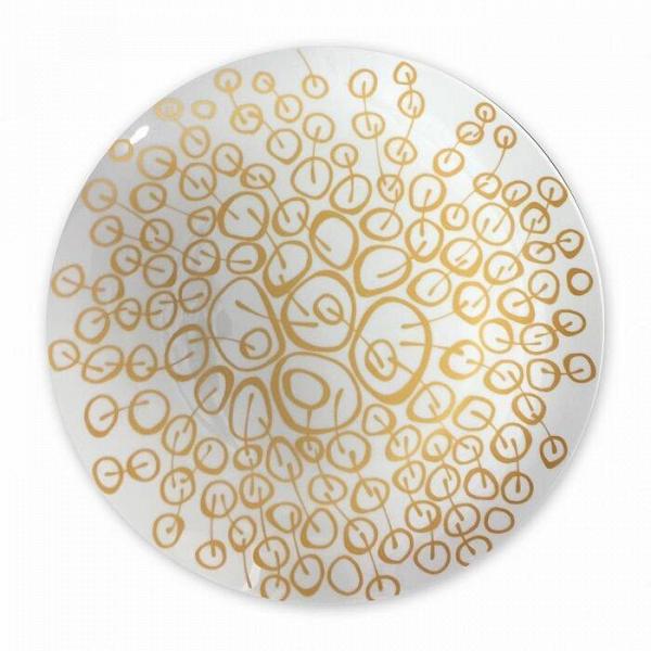 Блюдо Золотые вишниПосуда<br><br><br>stock: 0<br>Материал: Фарфор<br>Цвет: Золотой<br>Диаметр: 30