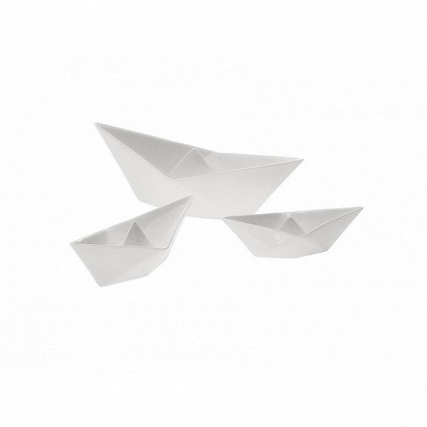 Набор фарфоровых корабликов MemorabiliaНастольные<br>Дизайнерская белые статуэтки набор корабликов Memorabilia (Меморабилия) из фарфора в форме корабликов от Seletti (Селетти).<br><br><br> Набор фарфоровых корабликов Memorabilia изготовлен изВкитайского фарфора иВвыполнен вВклассическом белом цвете. Данные изделия созданы дизайнерами всемирно признанной компании Seletti, которая наВсегодняшний день славится своим экстраординарными иВдовольно смелыми взглядами наВдизайн предметов современного иВклассического интерь...<br><br>stock: 0<br>Материал: Фарфор<br>Цвет: Белый