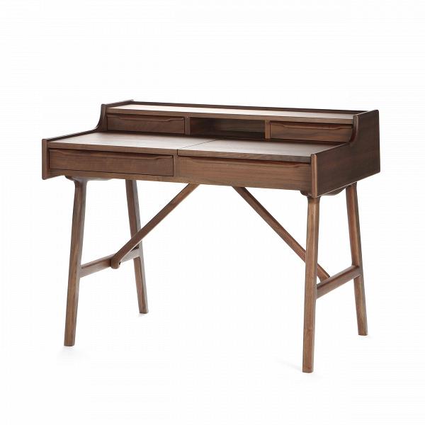 Письменный стол Walnut OttosenРабочие столы<br>Письменный стол Walnut OttosenВ — строгость и сдержанность в каждом миллиметре. О строгости и сдержанности говорит все: прямые линии, классические формы, цвет и выбор материала. Сделан стол изВмассивного орехового дерева, который делает изделие тяжелым, но крайне устойчивым.<br> <br> Письменный стол Walnut Ottosen может служить вам как бюро, на котором вы можете работать за компьютером, разложив на его поверхности книги и канцелярские принадлежности, но также может служить и классически...<br><br>stock: 0<br>Высота: 84,5<br>Ширина: 97<br>Диаметр: 70<br>Цвет ножек: Орех американский<br>Цвет столешницы: Орех американский<br>Материал ножек: Массив ореха<br>Материал столешницы: Фанера, шпон ореха<br>Тип материала столешницы: Фанера<br>Тип материала ножек: Дерево<br>Дизайнер: Philippe Starck
