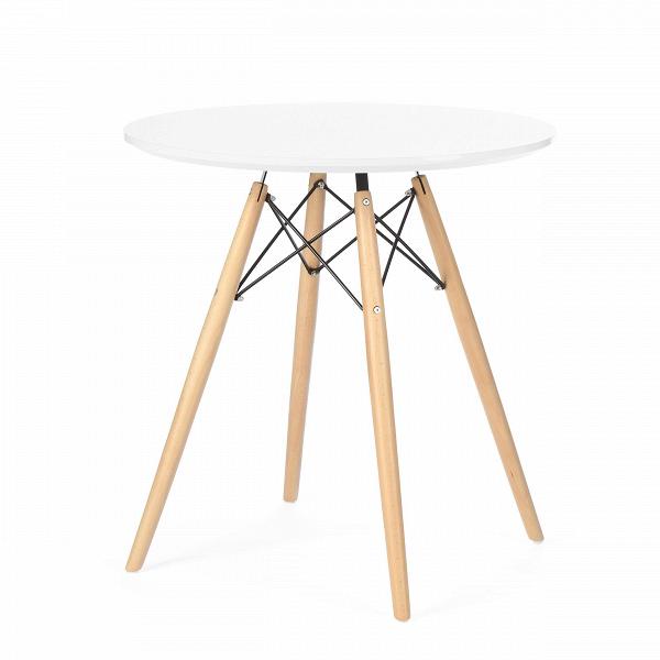 Обеденный стол Eiffel диаметр 70Обеденные<br>Дизайнерская круглый креативный обеденный стол Eiffel (Эфель) диаметр 70 с столешницей на деревянных ножках от Cosmo (Космо).<br>         Выполненный в стилистике 60-х годов обеденный стол Eiffel диаметр 70 отвечает требованиям к мебели тех времен. Особенно ценились такие качества мебели, как функциональность и лаконичность. Обязательным элементом считались ножки (в данном случае — деревянные), устойчивые и при этом не массивные, которые делали пространство более легким и визуально «прозрачным»...<br><br>stock: 11<br>Высота: 71<br>Диаметр: 70<br>Цвет ножек: Светло-коричневый<br>Цвет столешницы: Белый<br>Материал столешницы: Ламинированный МДФ<br>Тип материала столешницы: МДФ<br>Тип материала ножек: Дерево