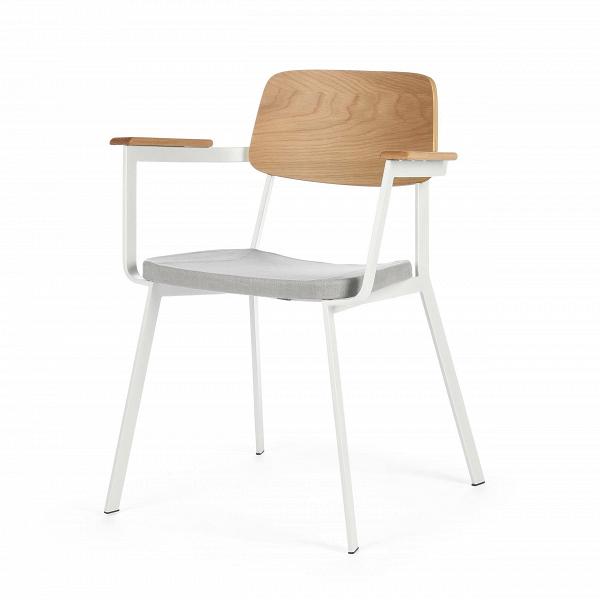 Стул Gauge с подлокотникамиИнтерьерные<br>Дизайнерский легкий стул Gauge (Гаудж) с подлокотниками из металла и дерева с мягким сиденьем от Cosmo (Космо).<br><br> Стул Gauge с подлокотниками — это отличный вариант дизайнерской функциональной мебели для современного типа интерьеров. Стул отличается легкой и простой формой и отсутствием лишних деталей — то что надо, чтобы дополнить интерьер и не перегружать его излишним декором или цветовыми сочетаниями. На выбор предлагаются два цветовых варианта: элегантное сочетание черной кожи и благоро...<br><br>stock: 11<br>Высота: 80<br>Высота сиденья: 45<br>Ширина: 63<br>Глубина: 53<br>Цвет спинки: Дуб<br>Материал спинки: Фанера, шпон дуба<br>Тип материала каркаса: Сталь<br>Материал сидения: Хлопок, Лен<br>Цвет сидения: Светло-серый<br>Тип материала спинки: Дерево<br>Тип материала сидения: Ткань<br>Коллекция ткани: Ray Fabric<br>Цвет каркаса: Белый