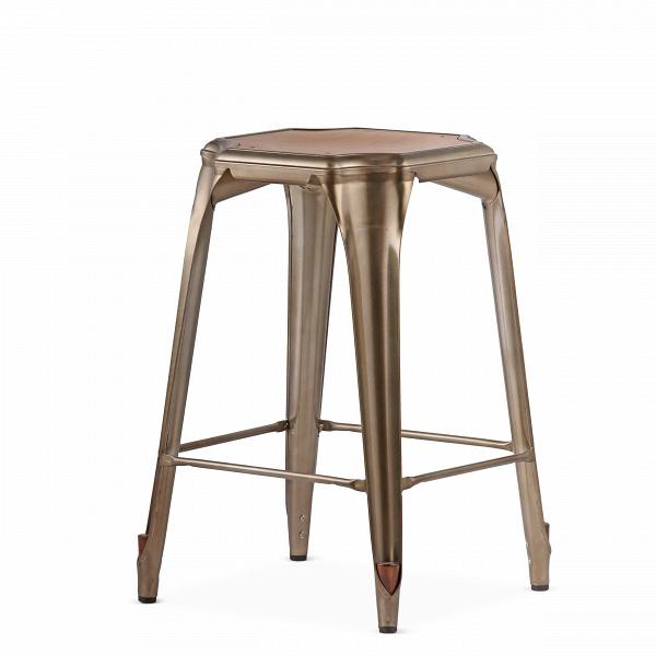 Барный стул Marais Vintage WoodПолубарные<br>Барный стул Marais Vintage Wood — олицетворение винтажного стиля, его грациозные линии создают ощущение легкости и невесомости. Несмотря на хрупкий вид, этот предмет мебели невероятно прочен и долговечен. Высококачественный металл, обработанный методом гальванизации, выдерживает самые агрессивные условия окружающей среды. Не случайно модель не утратила актуальности с начала ХХ века, именно тогда бургундский промышленник Ксавье Пошар придумал покрывать железные изделия расплавленным цинком ...<br><br>stock: 24<br>Высота: 65<br>Ширина: 44<br>Глубина: 44<br>Тип материала каркаса: Сталь<br>Материал сидения: Массив ореха<br>Цвет сидения: Орех<br>Тип материала сидения: Дерево<br>Цвет каркаса: Бронза пушечная<br>Дизайнер: Xavier Pauchard