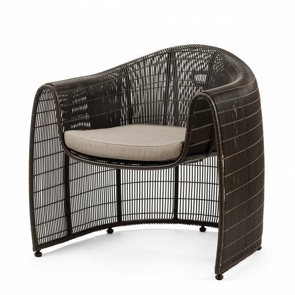 Кресло Lulu ClubУличная мебель<br>Дизайнерское плетеное кресло LULU CLUB (Лулу Клаб) из ротанга с мягким сиденьем от Kenneth Cobonpue (Кеннет Кобонпу)<br><br>Кеннет Кобонпу — известный во всем мире художник-конструктор из Себу, обладатель множества наград, креативный директор Hive. Кеннет Кобонпу начал поиск своего подхода к дизайну в 1987 году, изучая промышленный дизайн в Институте Пратта в Нью-Йорке, который он закончил с отличием и впоследствии работал в Италии и Германии. Несколько из его проектов были отобраны для престиж...<br><br>stock: 2<br>Высота: 80,5<br>Ширина: 84<br>Глубина: 78<br>Сфера использования: Уличное использование<br>Материал каркаса: Ротанг искусственный<br>Материал обивки: Нейлон<br>Тип материала каркаса: Полиэтилен<br>Тип материала обивки: Ткань<br>Цвет обивки: Серый<br>Цвет каркаса: Коричневый<br>Дизайнер: Kenneth Cobonpue