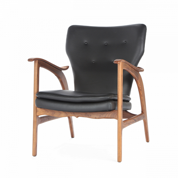 Кресло Model 3Интерьерные<br>Дизайнерское кресло Model 3 (Модел 3) с подлокотниками на высоких ножках от Cosmo (Космо).<br><br><br> Представленное в четырех цветовых решениях кресло Model 3 — результат работы бесспорного мастера датского дизайна и одной изВведущих фигур вВмебельном дизайне XXВвека Ханса Вегнера, подаренный современному придирчивому потребителю, ценящему высокий уровень. Стиль этого невероятноВпрактичного кресла — отпечаток многовековой истории в области дизайна и интерьера.<br> <br> Изящные л...<br><br>stock: 0<br>Высота: 84<br>Высота сиденья: 42,5<br>Ширина: 67<br>Глубина: 77<br>Материал каркаса: Массив ореха<br>Тип материала каркаса: Дерево<br>Коллекция ткани: Deluxe<br>Тип материала обивки: Кожа<br>Цвет обивки: Черный<br>Цвет каркаса: Орех американский<br>Дизайнер: Hans Wegner