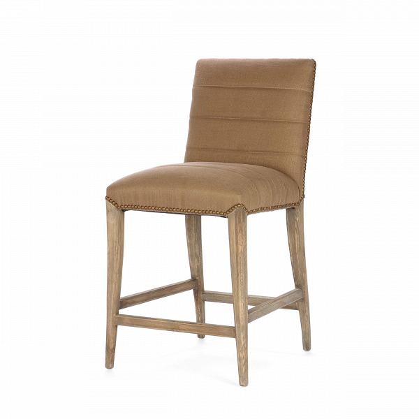 Барный стул FabioПолубарные<br>Современный дизайн включает в себя уже ставшие привычными барные стулья. Они не только удобны в использовании как в общественных местах, так и дома, но и способны задать помещению особую привлекательность. Барный стул Fabio благодаря своему минималистичному оформлению легко и непринужденно дополнит интерьер в спокойных тонах классического или современного стиля. Простой дизайн изделия дополнен привлекательной строчкой из красивых клепок, расположенных по краю обивки.<br><br><br> Барный стул Fab...<br><br>stock: 6<br>Высота: 99<br>Высота сиденья: 66<br>Ширина: 49.5<br>Глубина: 57<br>Цвет ножек: Темный дуб<br>Материал ножек: Массив дуба<br>Материал сидения: Вискоза<br>Цвет сидения: Коричневый<br>Тип материала сидения: Ткань<br>Тип материала ножек: Дерево