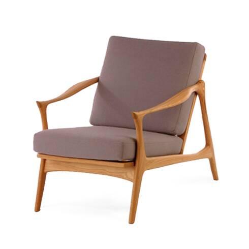 Кресло Model 711Интерьерные<br>Дизайнерское легкое мягкое кресло Model 711 (Модель 711) с деревянным каркасом от Cosmo (Космо).<br><br><br> Мебель Фредрика Кайзера яркая и функциональная, современная и легкая. Скандинавские черты в его работах перекликаются с необыкновенно красивой классикой и естественными линиями форм.<br><br><br> Именно таким является и кресло Model 711. Бук, использованный при создании этого кресла, обладает высоким качеством и прочностью древесины и ценится производителями мебели во всем мире. Деревянный карк...<br><br>stock: 0<br>Высота: 77<br>Высота сиденья: 39,5<br>Ширина: 71<br>Глубина: 81<br>Материал каркаса: Массив бука<br>Материал обивки: Шерсть, Нейлон<br>Тип материала каркаса: Дерево<br>Коллекция ткани: T Fabric<br>Тип материала обивки: Ткань<br>Цвет обивки: Серо-коричневый<br>Цвет каркаса: Коричневый<br>Дизайнер: Fredrik Kayser