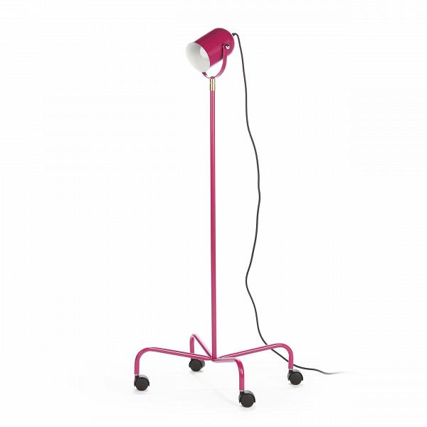 Напольный светильник TrundleНапольные<br>Напольный светильник Trundle — это универсальный светильник, который не только впишется в любой интерьер, но может еще и свободно по нему перемещаться. Его можно отнести сразу к нескольким стилям из-за его формы.<br><br><br> Светильник выполнен в форме маленького прожектора, который может одинаково стильно смотреться как на фабрике, в клубе, в ресторане, на сцене, так и в современной квартире-студии.<br><br><br> Низ светильника представляет собой четыре ножки на колесиках, это позволит вам передвига...<br><br>stock: 0<br>Высота: 120-160<br>Количество ламп: 1<br>Материал абажура: Сталь<br>Материал арматуры: Металл<br>Мощность лампы: 60<br>Ламп в комплекте: Нет<br>Напряжение: 220-240<br>Тип лампы/цоколь: E27<br>Цвет абажура: Фиолетовый<br>Цвет арматуры: Фиолетовый<br>Цвет провода: Черный
