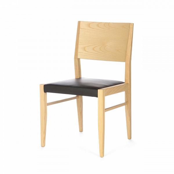 Стул James Tan высота 85 смИнтерьерные<br>Дизайнерский деревянный легкий стул James Tan (Джемс Тан) высота 85 см из ясеня классической формы с кожаным сиденьем от Cosmo (Космо).<br><br> Стул James Tan нельзя назвать верхушкой дизайнерской фантазии, однако он все же является оригинальным и необычным. При этом купить стул James Tan высота 85 см означает то, что каким бы ни был интерьер до этого, ярким или простым, с появлением такого ультрамодного, но при этом максимально спокойного и стильного предмета он примет новый облик и заиграет нов...<br><br>stock: 2<br>Высота: 85<br>Высота сиденья: 45,5<br>Ширина: 49<br>Глубина: 52<br>Материал каркаса: Массив ясеня<br>Тип материала каркаса: Дерево<br>Цвет сидения: Черный<br>Тип материала сидения: Кожа<br>Коллекция ткани: Standart Leather<br>Цвет каркаса: Светло-коричневый