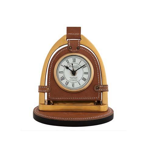 Часы Кеданс (107035 (ACC07035))Часы<br>Выработанный фирменный стиль коллекций сегодня узнаваем во всем мире. Команда дизайнеров активно ищет вдохновение из различных источников по всему миру - музеев, на антикварных аукционах и в антикварных лавках. Стиль EICHHOLTZ – это фьюжн разнообразие впечатлений и идей в единой коллекции.<br><br>stock: 1<br>Высота: 19<br>Ширина: 12<br>Материал: нержавеющая сталь, кожа, стекло<br>Цвет: brass/brown<br>Длина: 17<br>Ширина: 12<br>Высота: 19<br>Длина: 17