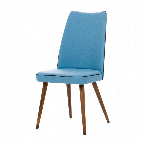Стул Lounge HighИнтерьерные<br>Дизайнерский мягкий стул Lounge High (Лаундж Хайт) с высокой спинкой на деревянных ножках от Cosmo (Космо).<br><br> Стул Lounge High — это удобный, простой и одновременно оригинальный и необычный предмет интерьера, который открывает новые возможности ввиду своей универсальности. Стул прекрасно впишется в спокойный, мягкий, тихий и уютный интерьер кафе, ресторана или же прекрасно будет смотреться в гостиной возле обеденного стола. <br><br><br>     Основание выполнено из натурального ореха, а само сидень...<br><br>stock: 0<br>Высота: 93<br>Высота сиденья: 46<br>Ширина: 47<br>Глубина: 57<br>Цвет ножек: Орех<br>Материал ножек: Массив ореха<br>Материал сидения: Шерсть, Нейлон<br>Цвет сидения: Голубой<br>Тип материала сидения: Ткань<br>Коллекция ткани: T Fabric<br>Тип материала ножек: Дерево