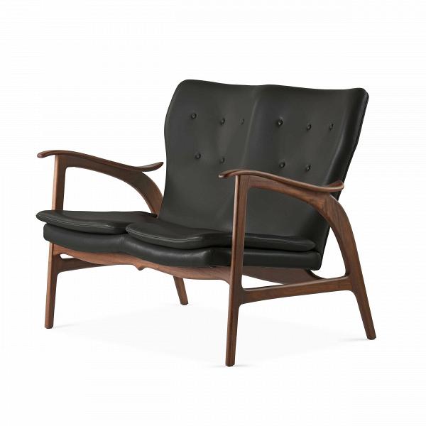 Диван FauteuilДвухместные<br>Дизайнерский легкий двухместный диван Fauteuil (Фоутей) с обивкой из льна и деревянным каркасом от Cosmo (Космо).<br><br>Классические формы классического дивана от классиков мебельного дизайна — проектировщиков из Скандинавии.<br> Финн Юль (Finn Juhl), автор дизайна дивана Fauteuil, — одна из крупнейших фигур в истории датского дизайна. В 1945 году он создал этот потрясающий диван, разорвавший привычные шаблоны: рама дивана больше не соединяет сиденье и спинку. Конечный результат задумки Финна Юл...<br><br>stock: 0<br>Высота: 84<br>Высота сиденья: 42,5<br>Глубина: 77<br>Длина: 118<br>Материал каркаса: Массив ореха<br>Тип материала каркаса: Дерево<br>Коллекция ткани: Deluxe<br>Тип материала обивки: Кожа<br>Цвет обивки: Черный<br>Цвет каркаса: Орех<br>Дизайнер: Finn Juhl