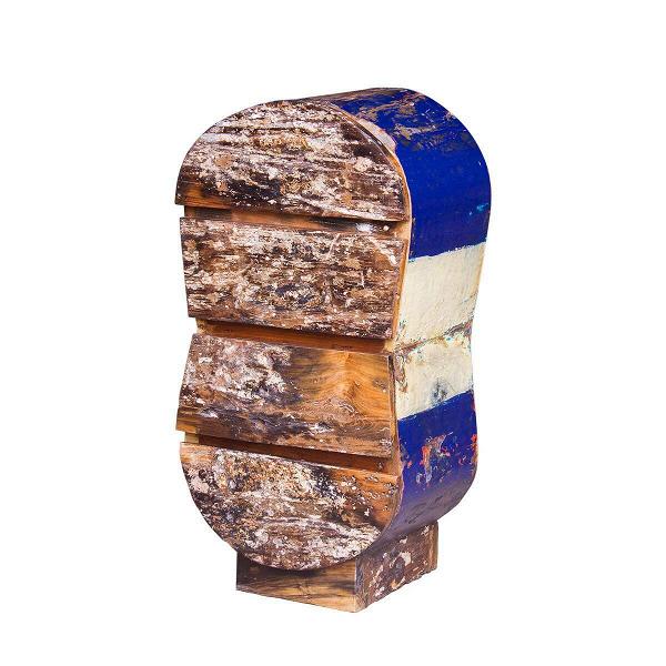 Комод ИнфинитиТумбы и комоды<br>Комод Инфинити выполнен из массива древесины старого рыбацкого судна, такой как тик, махагон, суар, с сохранением оригинальной многослойной окраски. Древесина обладает высокой износостойкостью, долговечностью и водоотталкивающими свойствами. Ее использовали индонезийские рыбаки для создания лодок, а мебель из нее подходит для использования как внутри помещения, так и снаружи. Покрыта натуральным шеллаком.<br><br><br> Комод Инфинити сделан из частей традиционной рыбацкой лодки типа джукунг (jukun...<br><br>stock: 0<br>Высота: 100<br>Ширина: 40<br>Глубина: 50<br>Материал каркаса: Тик<br>Цвет каркаса: Синий