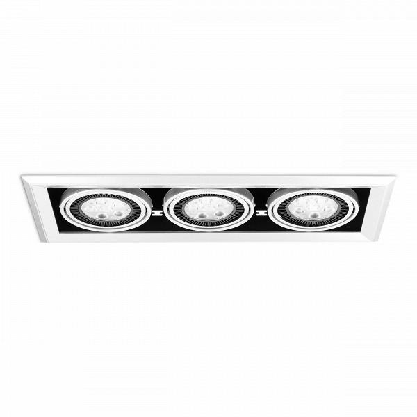 Встраиваемый потолочный светильник Grille Lamp 3Встраиваемые<br>Встраиваемый потолочный светильник Grille Lamp 3<br> В— прекрасное решение 21-го века для освещения пространства.<br><br><br><br> Чрезвычайно универсальной встраиваемый потолочный светильник Grille Lamp 3 может найти применение для любого пространства, включая современные столовые, кухни, гостиные, рестораны, залы, иВбольше.<br><br>stock: 22<br>Высота: 13,2<br>Ширина: 20,3<br>Длина: 51,8<br>Количество ламп: 18<br>Материал абажура: Алюминий<br>Материал арматуры: Металл<br>Мощность лампы: 3<br>Ламп в комплекте: Нет<br>Напряжение: 220<br>Тип лампы/цоколь: CREE LED<br>Цвет абажура: Черный