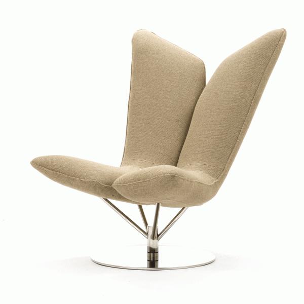 Кресло AngelИнтерьерные<br>Дизайнерское удобное кресло Angel (Ангел) в форме крыльев из тканевой обивки от Softline (Софтлайн).<br> <br><br><br> Кресло Angel — творение датского дуэта Флемминга Буска и Стефана Б.Херцога. Конструкции Буска иВХерцога описываются выражениями «чистые» иВ«минималистичные»; ихВработыВ— это скульптурные формы сВвключением горизонтальных иВвертикальных линий иВгеометрических фигур. ИхВпроекты сочетают смелые цвета сВявным указанием наВдатское дизайне...<br><br>stock: 0<br>Высота: 102<br>Высота сиденья: 42<br>Ширина: 81<br>Глубина: 76<br>Цвет ножек: Хром<br>Материал обивки: Хлопок, Акрил, Вискоза, Шерсть<br>Коллекция ткани: Nordic<br>Тип материала обивки: Ткань<br>Тип материала ножек: Сталь нержавеющая<br>Цвет обивки: Бежевый<br>Дизайнер: Busk + Hertzog